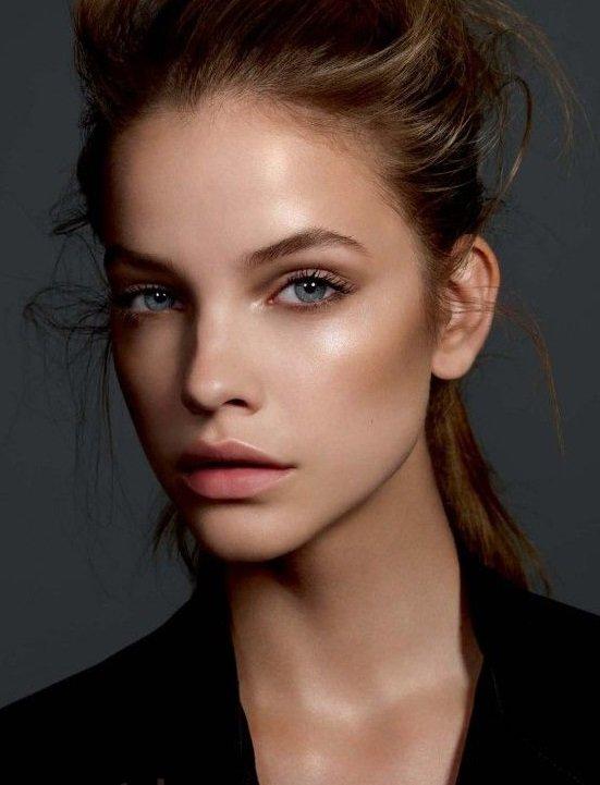 Natural makeup clean skin